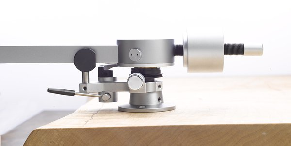 Sorane (previously Abis) ZA12 transcription tonearm