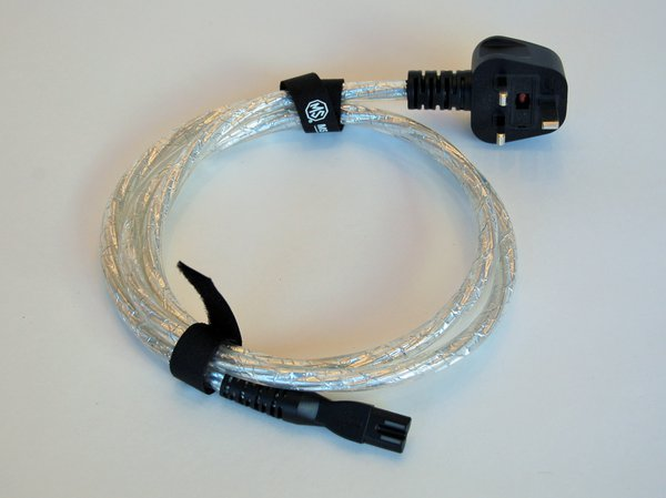 MS HD Power C7 (fig8) to UK 13A plug mains cable.